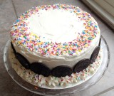Oven Lovin' Builds a Cake!